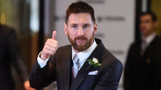 Messi vuelve a Barcelona para firmar su nuevo contrato. Foto: AFP