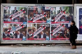 Ya se pueden ver en las calles los afiches de campaña política