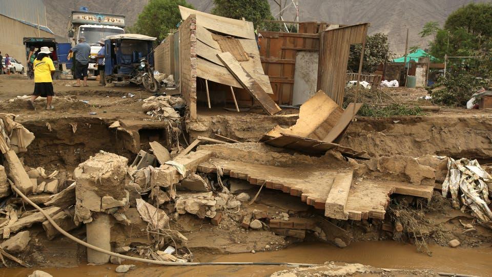 Impactantes imágenes del alud que azotó parte de Lima, Perú. Foto: Reuters
