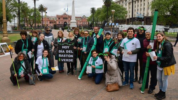 En Plaza de Mayo se hizo una campaña para enseñar y educar