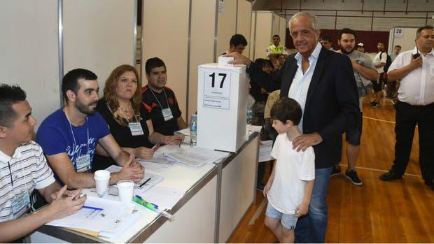 Rodolfo D'Onofrio consiguió una reelección histórica y será presidente de River hasta 2021