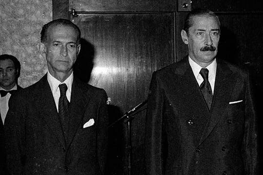 Videla junto a quién fuera Ministro de Econimía,  José Alfredo Martínez de Hoz. Foto: Archivo