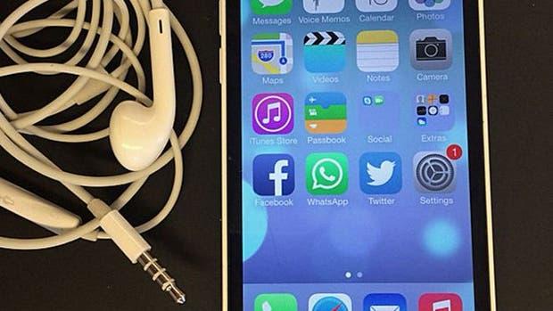 Miles de personas pidieron a Apple que no retire el conector para audífonos