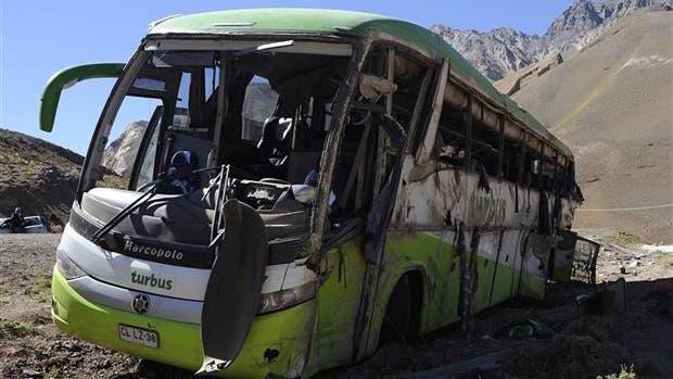 Los restos del ómnibus siniestrado