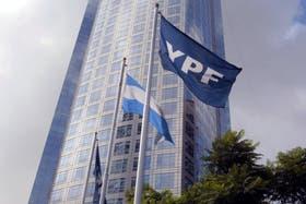 La casa central de YPF, en el barrio porteño de Puerto Madero