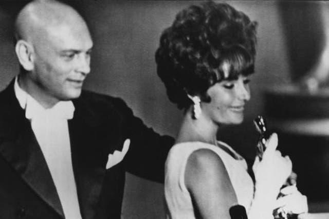 Liz Taylor y su primer Oscar
