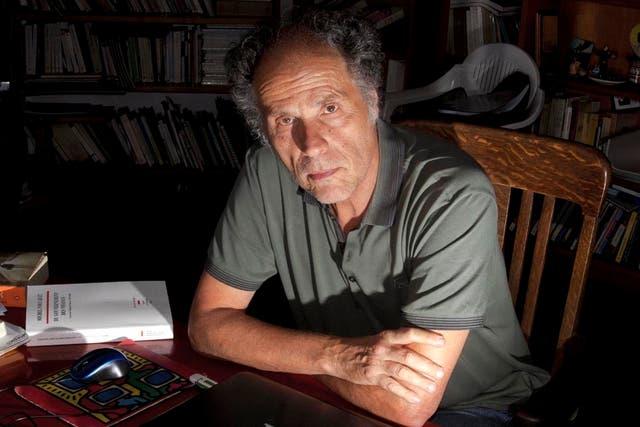 El filósofo habla de estafas ideológicas orquestadas del poder