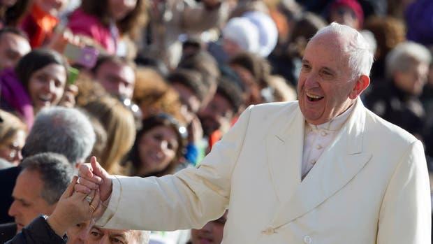 El Papa lavará los pies a refugiados de un centro de Roma el jueves santo