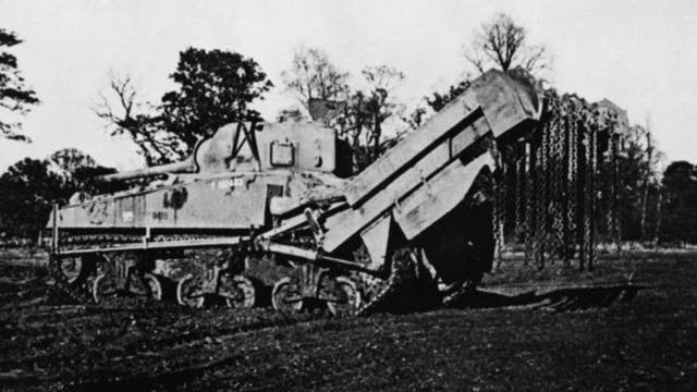 Este tanque fue vital para limpiar el terreno de minas y alambre de púas