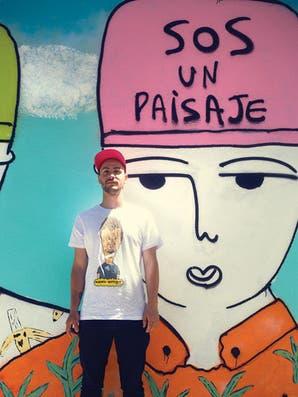 Guillermo Pachelo: un artista urbano romántico y positivo