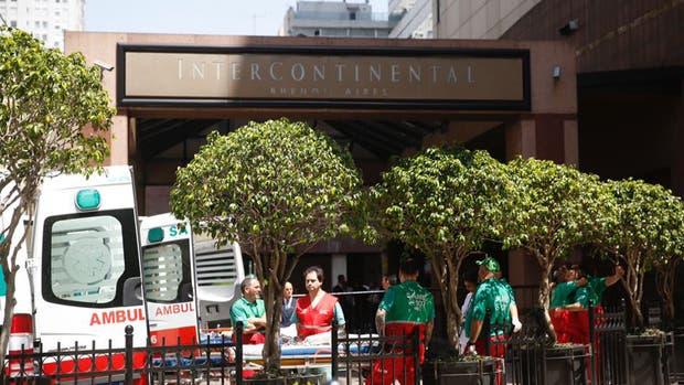 Ocho heridos por explosión en hotel del centro de la capital argentina