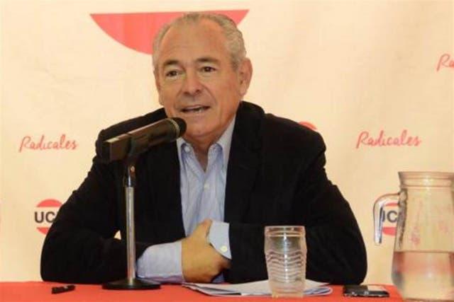 Mario Barletta irá a la embajada de Uruguay.