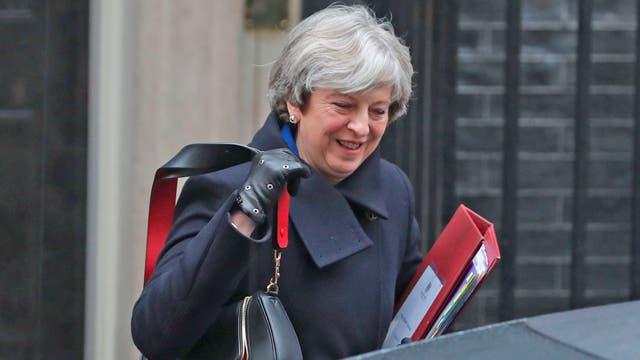 Negociador UE quiere acuerdo del Brexit para octubre de 2018