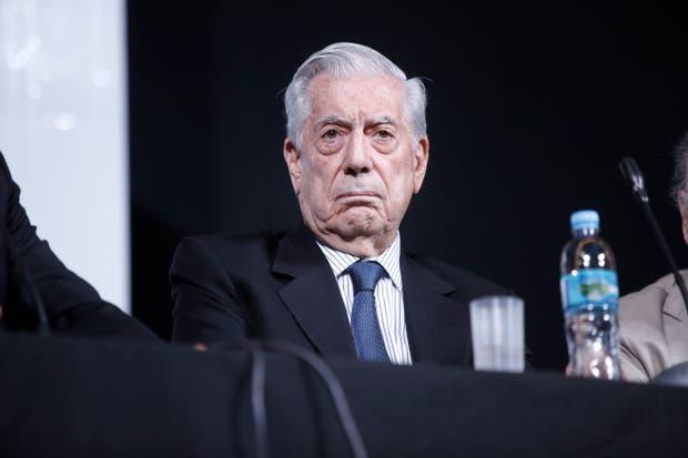 Mario Vargas Llosa disertó por tercera vez en la Feria del Libro