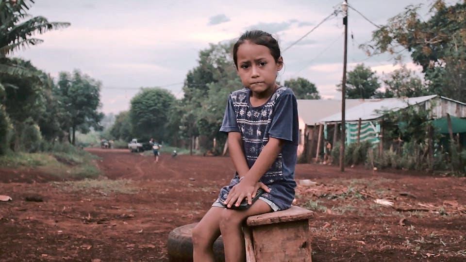 Las familias tareferas crecen en condiciones inhóspitas y vulnerables . Foto: Gentileza Posibl