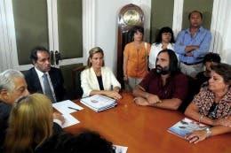 Los docentes bonaerenses en la última reunión con el gobernador Daniel Scioli