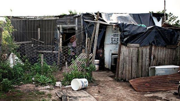 Casi seis millones de niños y adolescentes de hasta 17 años son pobres en la Argentina, y 1,3 millones son indigentes