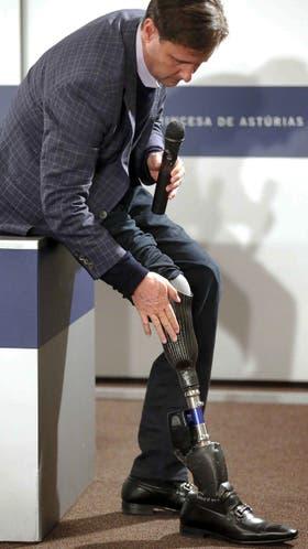 Hugh Herr durante la conferencia de prensa. Foto: EFE