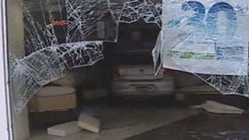 Video Atropell A Un Peat N Y Se Meti En Una Casa De