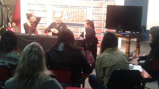 Gustavo Cordera en la charla donde dio unas indignantes declaraciones