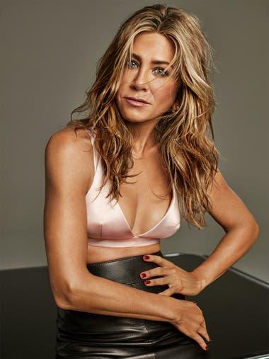 Jennifer Aniston celebró sus 51 años con una sensual producción