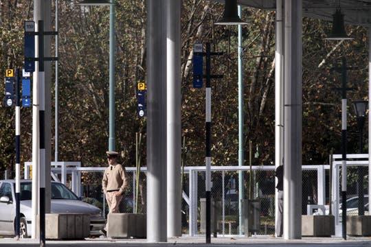 se construyó una plataforma para pasajeros que está protegida con un techo y que también contará con baños para los choferes, bancos y luminarias. Foto: LA NACION / Emiliano Lasalvia