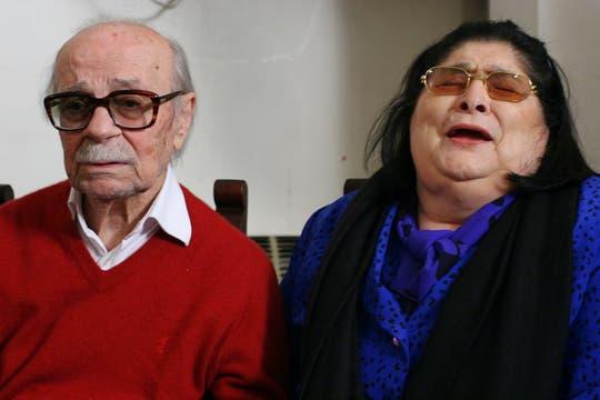 La Negra Mercedes Sosa lo visitó cuando cumplió 95 años. Foto: Archivo