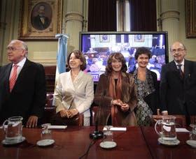 Gil Lavedra, Escudero, Ruiz Guiñazú, Estenssoro y Morales Solá