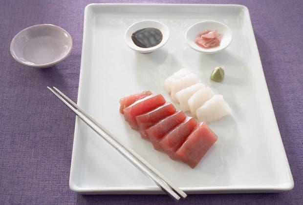 Carpaccio de salmón, tartare, sashimi o ceviche son manjares que están cada vez más presentes en la cocina argentina. Aquí, algunos ejemplos para experimentar el placer de comer pescado en su estado natural.