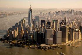 El nuevo World Trade Center consta de un único rascacielos de 541 metros, y se terminó de construir el pasado mes de mayo con la instalación de la antena en lo alto del edificio