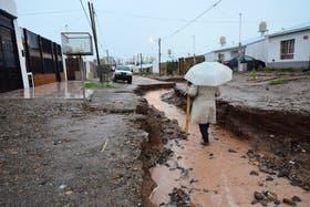 En Neuquén hay más de 1000 evacuados por la peor tormenta en los ultimos 40 años