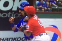 La feroz piña que comenzó una batalla campal en un partido de béisbol en Estados Unidos