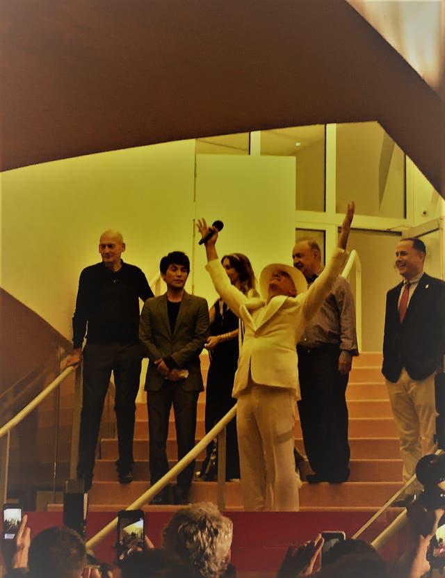 Alan Faena anoche con Rem Koolhaas, Sho Shigematsu, Ximena Caminos, Len Blavatnik y Philip Levine