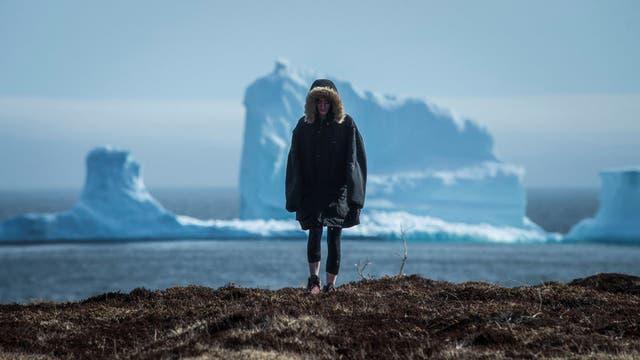 Un iceberg más alto que el Obelisco causa furor en las costas de Canadá