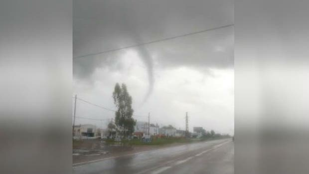 """El """"mini tornado"""" que pasó cerca de Bahía Blanca"""