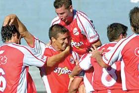 El festejo del gol de Ruiz