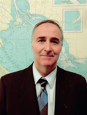 Sebastián García, docente de la materia Implementación de Sistemas de Ayudas a la Navegación