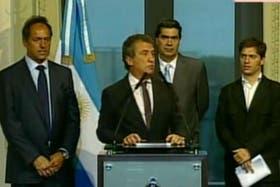 Sergio Urribarri (Entre Ríos), junto a Daniel Scioli (Buenos Aires) y los ministros Jorge Capitanich y Axel Kicillof
