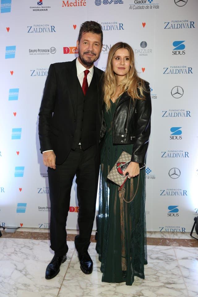 Marcelo Tinelli fue acompañado de su mujer y su hija Micaela, vestida por El Camarín