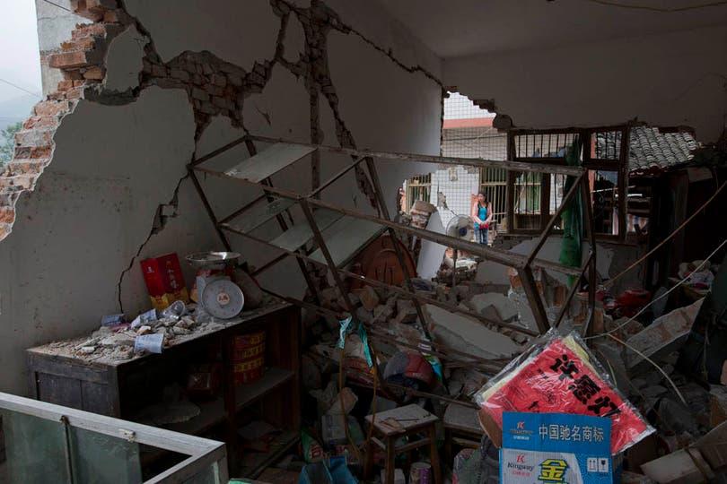 Más de 260 réplicas sísmicas se sucedieron durante el día. Foto: AP