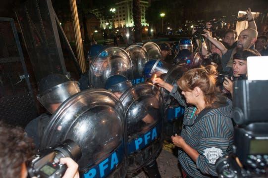 Incidentes en Plaza de Mayo durante la movilización. Foto: LA NACION / Patricio Pidal/AFV