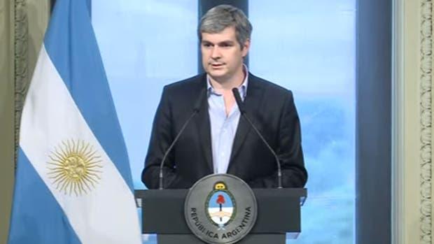 El Ministerio de Hacienda será dividido — Afuera Prat Gay