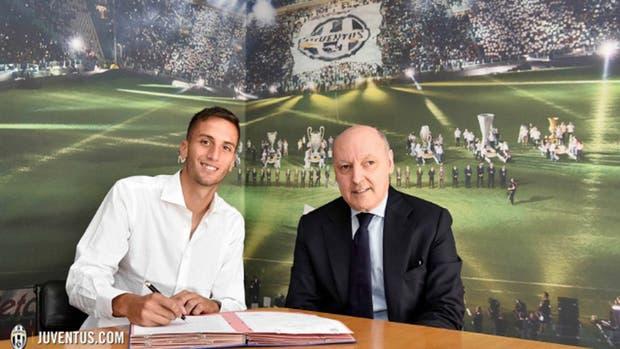 Juventus firmó el contrato en Juventus y ya regresa a la Argentina