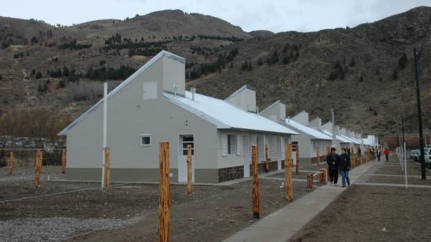 El Gobierno prepara un cambio fundamental en la forma de pago de las viviendas sociales en las provincias