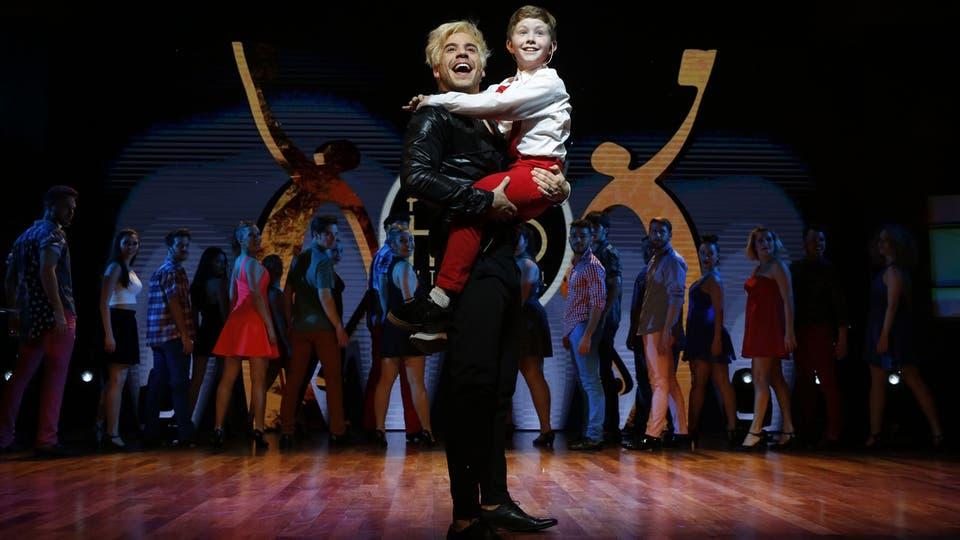 Fernando Dente, en el cuadro de obertura, con el niño que fue la revelación de la noche, Guido Kañevsky. Foto: Fabián Marelli