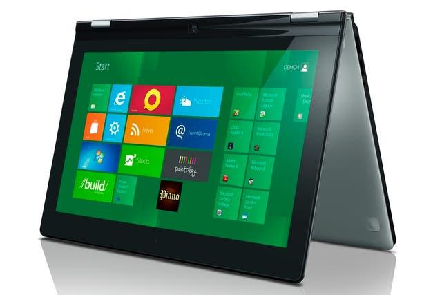 La pantalla de la IdeaPad Yoga puede rotar 360 grados para transformar la notebook en una tableta