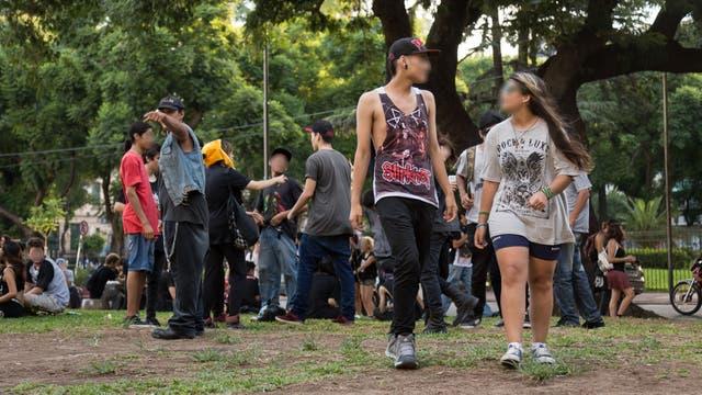 Los sábados se juntan en la plaza Rodríguez Peña y los domingos en el Planetario de Palermo
