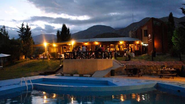 Relajate en el corazón de las montañas de Mendoza en el Vertientes Spa Andino
