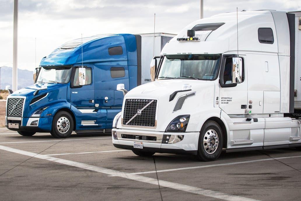 Google y Uber compiten por lanzar flota de camiones autónomos