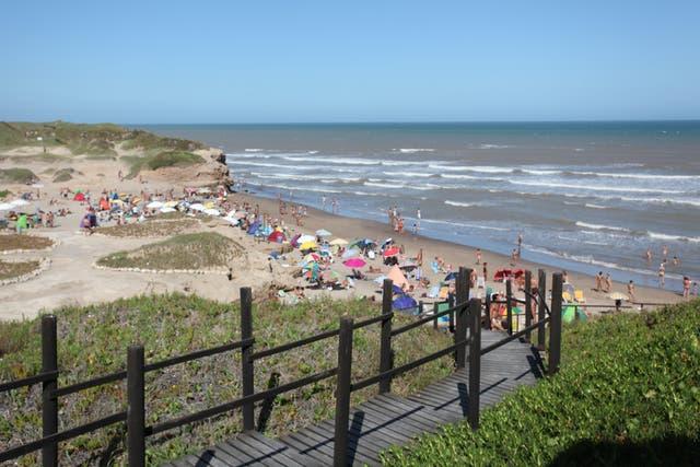 Playa Escondida, un balneario naturista y nudista
